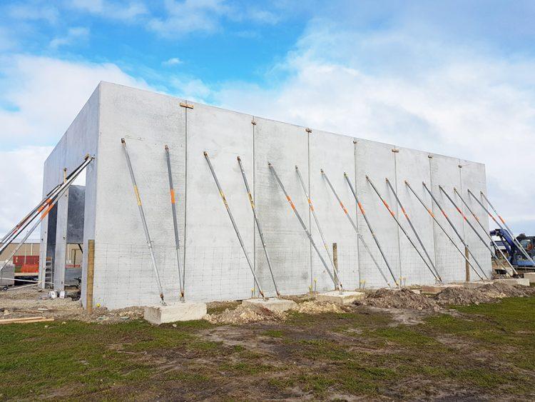 builders props